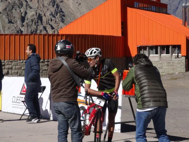 DSC04068 vainqueur course cycliste