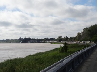 DSC05633 2017-04-16 rio parana...parana